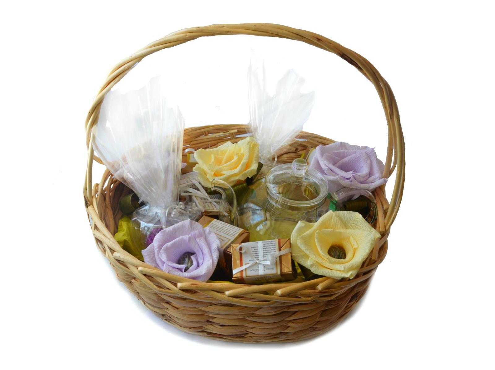 Подарки в корзинках с чаем 91
